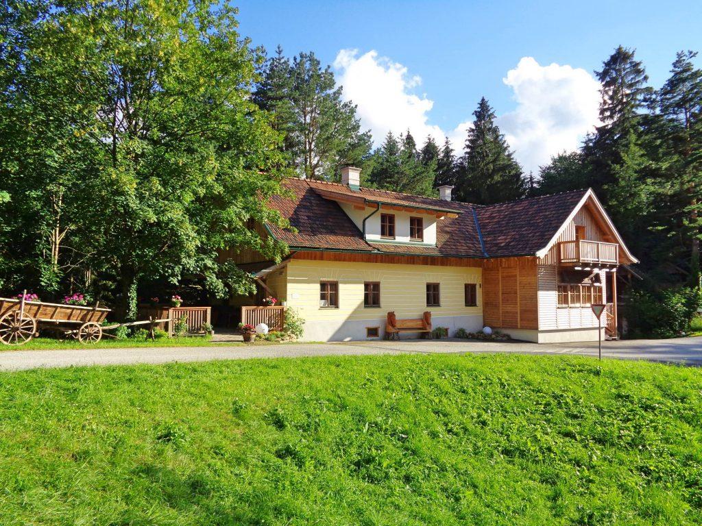 Schlosswirtshaus